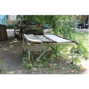 ОНФ попросил власти благоустроить разбитый двор в Воронеже