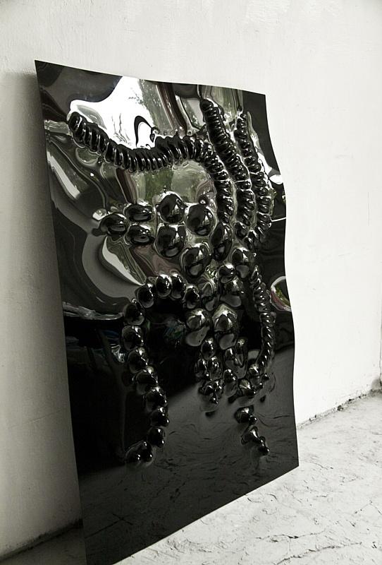Московские художницы запустили проект по переработке пластикового мусора.