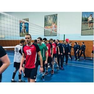 «РЖД-Здоровье» провело седьмой турнир по волейболу
