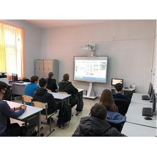 Специалисты Мариэнерго провели онлайн-урок со студентами-энергетиками