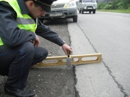 В 1 полугодии 2018 года уральским госавтодорнадзором обследовано 1932 км автомобильных дорог