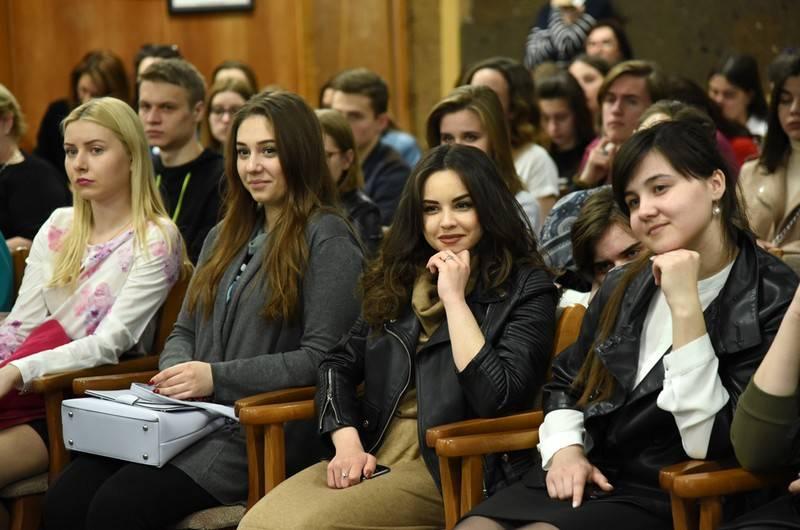 Спектакль с трудными подростками в главных ролях завершил Дни правового просвещения
