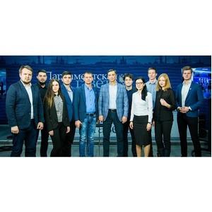 В. Гутенев встретился с представителями молодежного парламента на ток-шоу «33 вопроса политику»