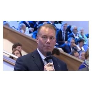 Глава Орифлэйм выступил на экономическом форуме