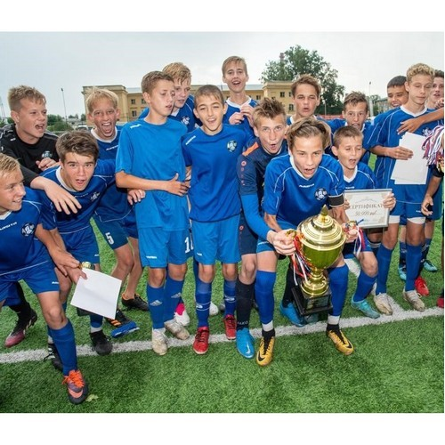 Фонд «Милосердие» помогает юным футболистам