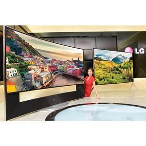 LG представляет будущее экранов благодаря телевизору, способному менять свой изгиб