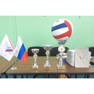 Курганские активисты ОНФ в рамках акции «Неделя спорта» провели соревнования среди школьников