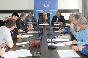 Активисты Народного фронта в Чечне обсудили реализацию приоритетных проектов ОНФ