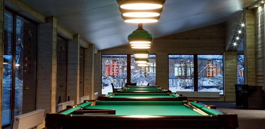Бильярдный зал в Солнечном