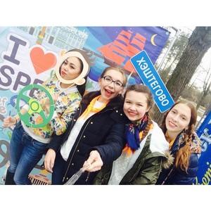 Любимое такси Петербурга встретило масленицу вместе с горожанами