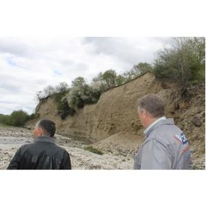 Активисты ОНФ помогают в защите от паводка поселка Кабардино-Балкарии