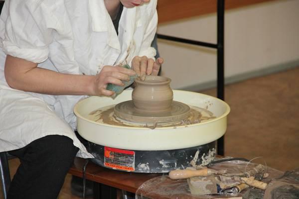 В Мариинской воспитательной колонии впервые прошел мастер-класс по гончарному мастерству