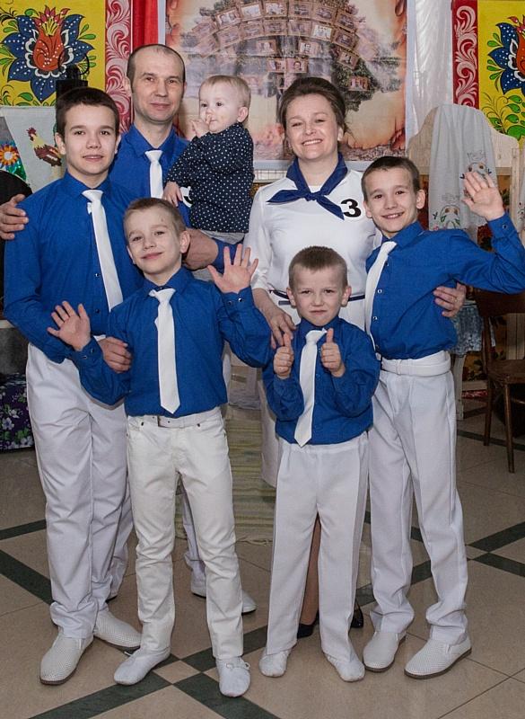 Семья работника Стойленского ГОКа вышла в финал областного конкурса семейных ценностей