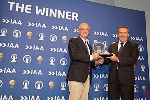 Грузовик Iveco Stralis Hi-Way получил премию «Truck of the Year 2013»