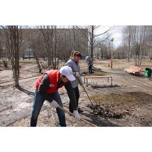 Активисты ОНФ в Коми присоединились к субботникам по очистке территорий Сыктывкара