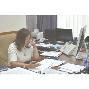 Руководитель Управления Росреестра ответила по телефону на вопросы многодетных семей