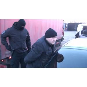Полицейскими Зеленограда перекрыт канал поставки фальсифицированной элитной алкогольной продукции