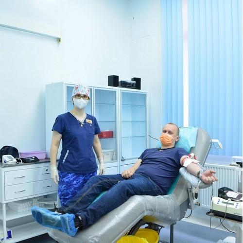 Шефы-доноры пополнят столичный банк крови