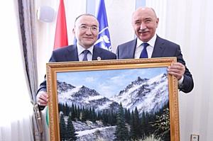 КФУ налаживает тесные контакты с Алматы Менеджмент Университетом