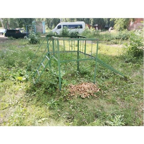 ОНФ просит власти привести в порядок две детские площадки в Воронеже