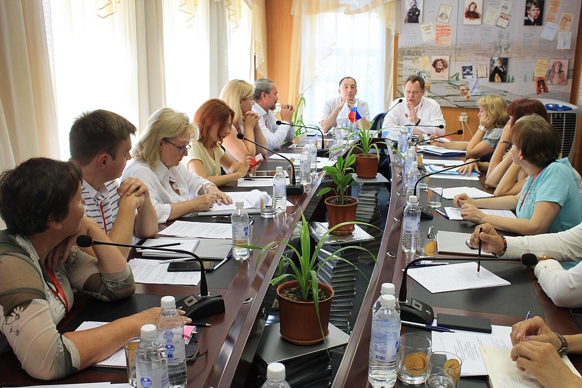 Делегация из Мордовии принимает участие в межрегиональной конференции ОНФ в г. Елабуге