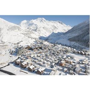 Самым привлекательным курортом в Альпах стал швейцарский Андерматт