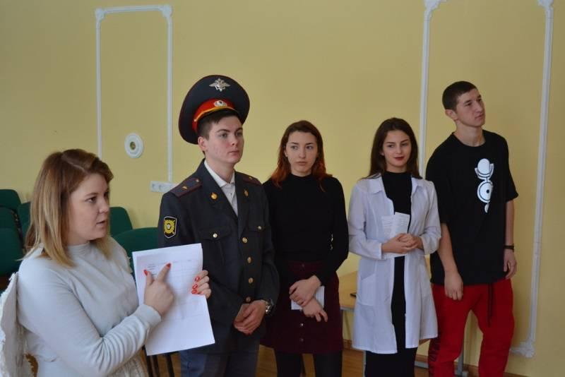 Команда «Молодежки ОНФ» провела в школах Саранска квест «Скажи наркотикам – нет!»