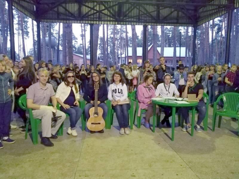 Представители ОНФ в Мордовии провели День новых знаний в детском лагере