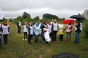 Волонтеры акции «Нашим рекам и озерам – чистые берега» очистили от мусора берег Финского залива