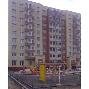 Во дворе ЖК «Ломоносовский» холдинг «Аквилон-Инвест» установил детскую площадку