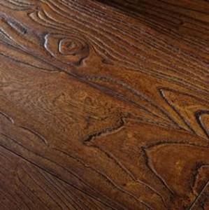 Как правильно подготовить деревянную поверхность под лакировку?