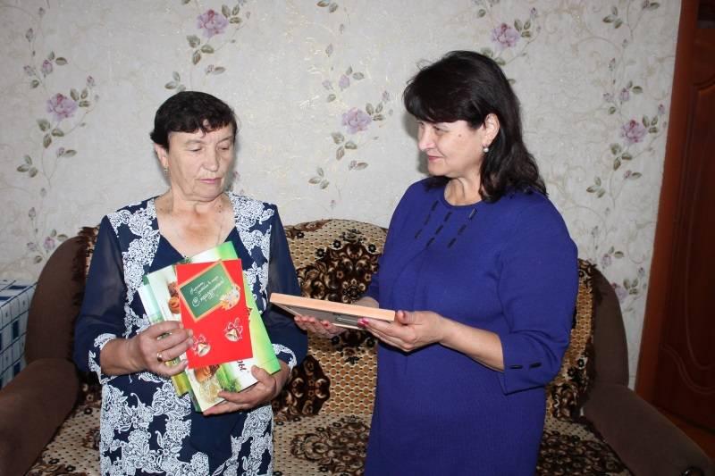 Активисты и «Молодежка ОНФ» в Мордовии поздравили своих первых учителей