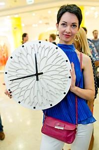 Оксана Федорова получила в подарок жемчужные часы от Марии Мариарти