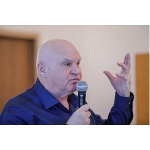 Писатель Александр Лапин нашел в Волгограде героя для новой книги