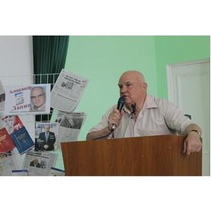 «Творчество - это высшее удовольствие» - в Воронеже прошла встреча писателя А.Лапина с читателями