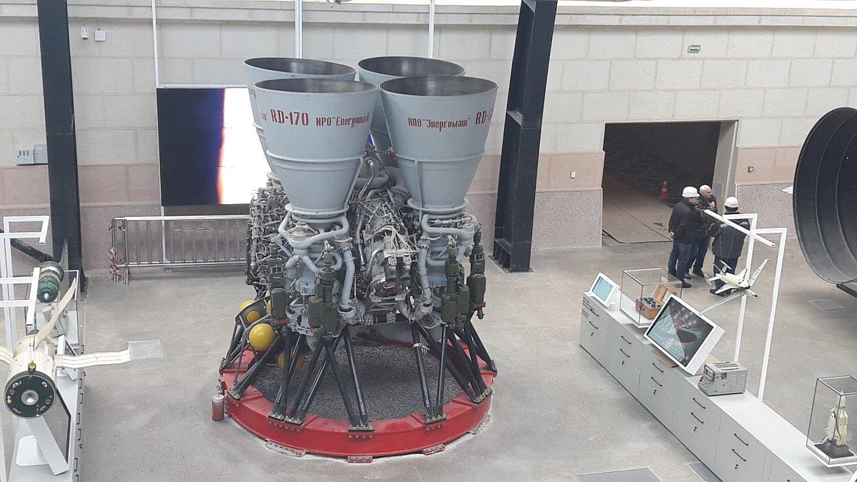Бесперебойный доступ к «Космосу»: IPPON обновил системы защиты электропитания в павильоне ВДНХ
