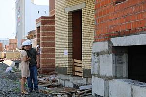 Северодвинцы оставили отзывы о холдинге «Аквилон-Инвест» на именных кирпичах