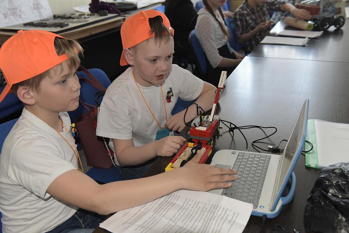 Этап областного фестиваля детского технического творчества «ТехноFest» на ЗиКе