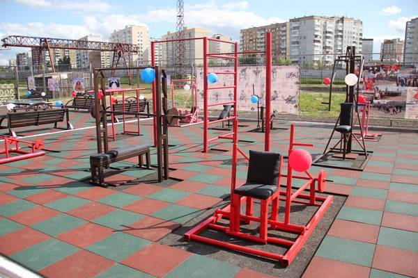В кемеровской ИК-5 открыт первый в УИС региона спортивный комплекс под открытым небом