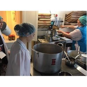 Представители ОНФ держат на контроле качество питания в детских садах и школах Ямала