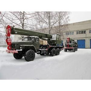 «Автокран» поставляет военную технику