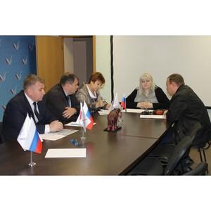 Активисты ОНФ в Волгоградской области взяли на контроль ситуацию с управляющей компанией «Комплекс»