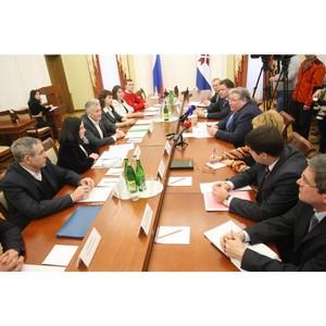 Глава Мордовии поддержал общественные предложения ОНФ по повышению качества жизни в регионе