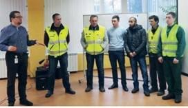 Ленинградской области не хватает рабочих кадров