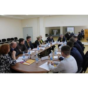ОНФ в Коми на круглом столе в Сыктывкаре поднял острые вопросы безопасности дорожного движения