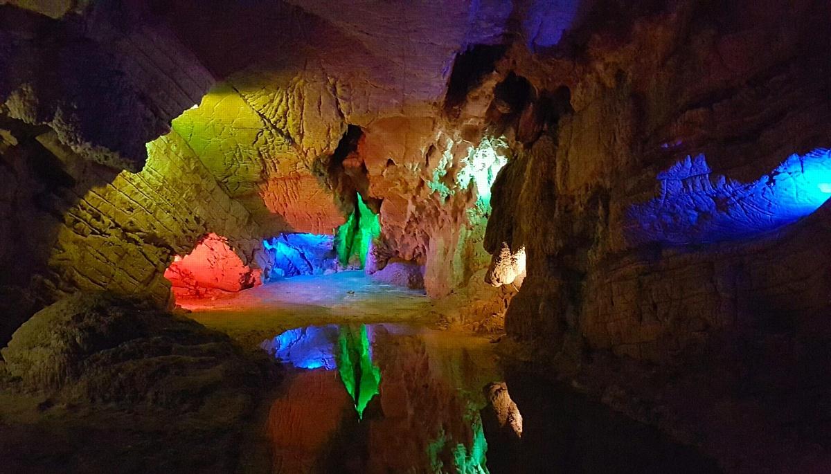 Воронцовский пещеры в Хостинском районе Сочи