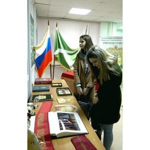 В Омской таможне студентам рассказали о таможенной службе