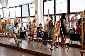 Компания F.I.L.A. стала партнером Третьяковской галереи в рамках Летнего пленэра