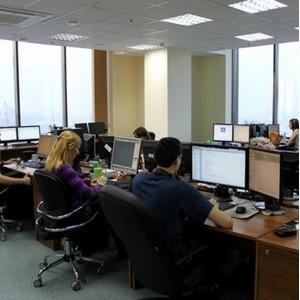 Московские офисы возвращаются к привычному графику работы