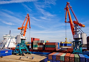 Краны «Витязь» производства ЗАО «СММ» увеличили интенсивность перевалки в «Морском рыбном порту»